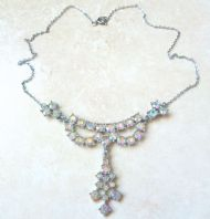 Vintage Art Deco Style Rhinestone Drop Necklace.